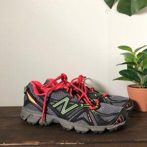 New Balance 610 v2 Womens  Running Shoes Sz 7.5